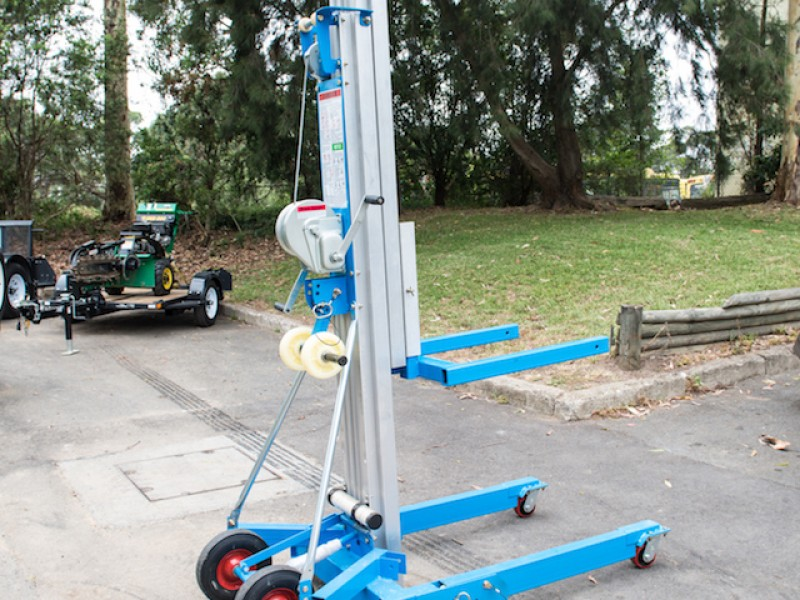 GENIE SUPERLIFT ADVANTAGE LIFTER
