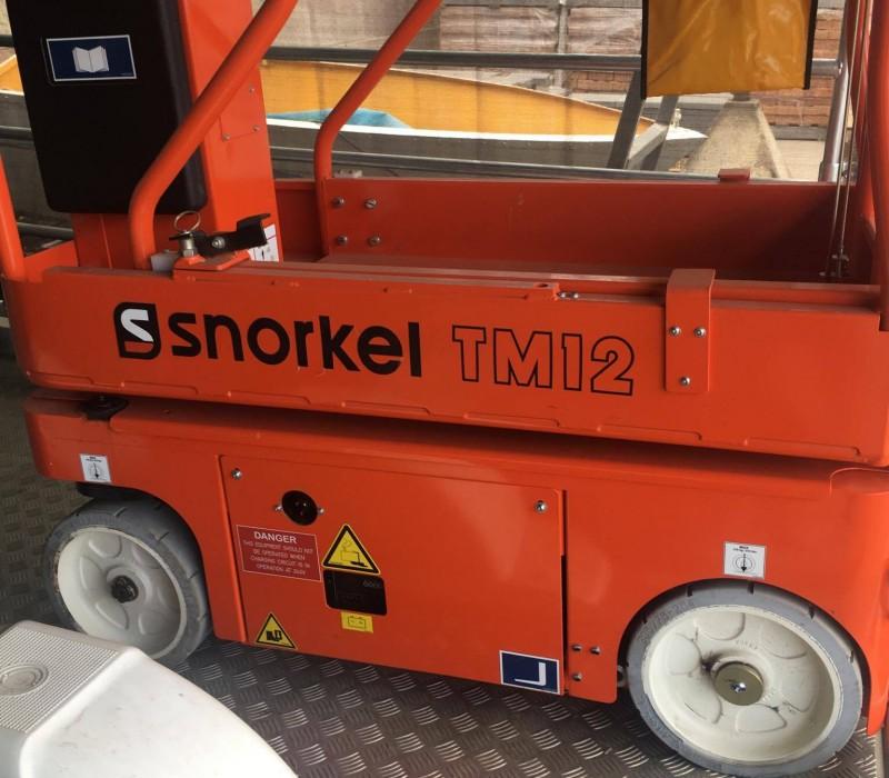 SNORKEL TM12 ELEVATED WORK PLATFORM